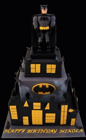 Amazing-Batman-Birthday-Cake.jpg