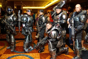 2f19d-gears-war-cosplay-costumes