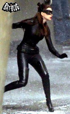 63ec8-anne-hathaway-catwoman-dark-knight-rises-batman-movie-1