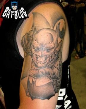 500e5-adrian-sdcc-batman-tattoo-2