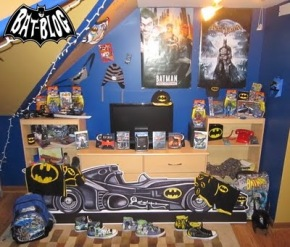53511-joel-batman-toy-collection-1