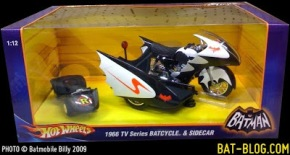 5c018-1966-tv-series-batcycle-sidecar-hot-wheels-1-12-scale